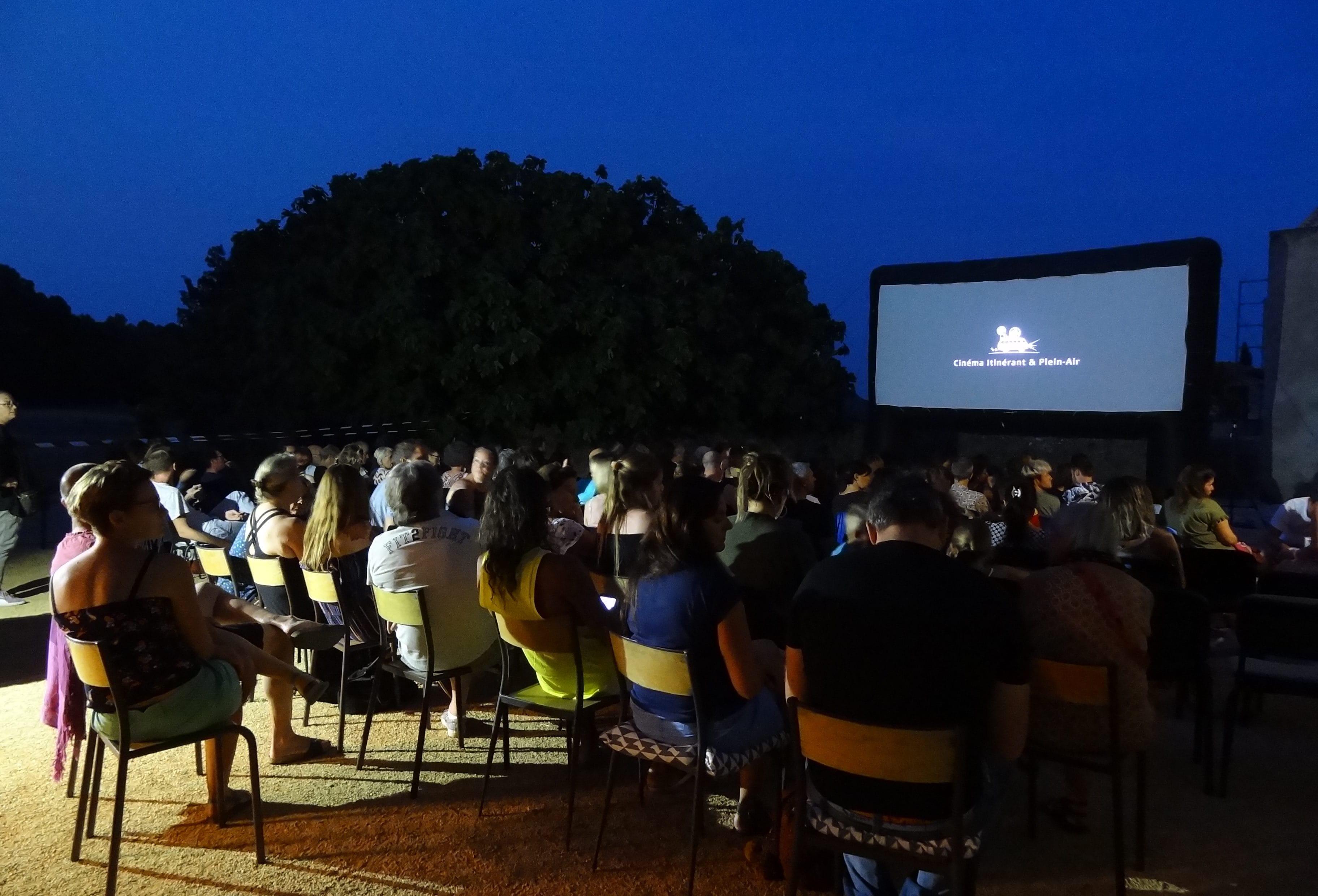 Cinéma sous les étoiles à Fontanès. Photo : Christophe Colrat