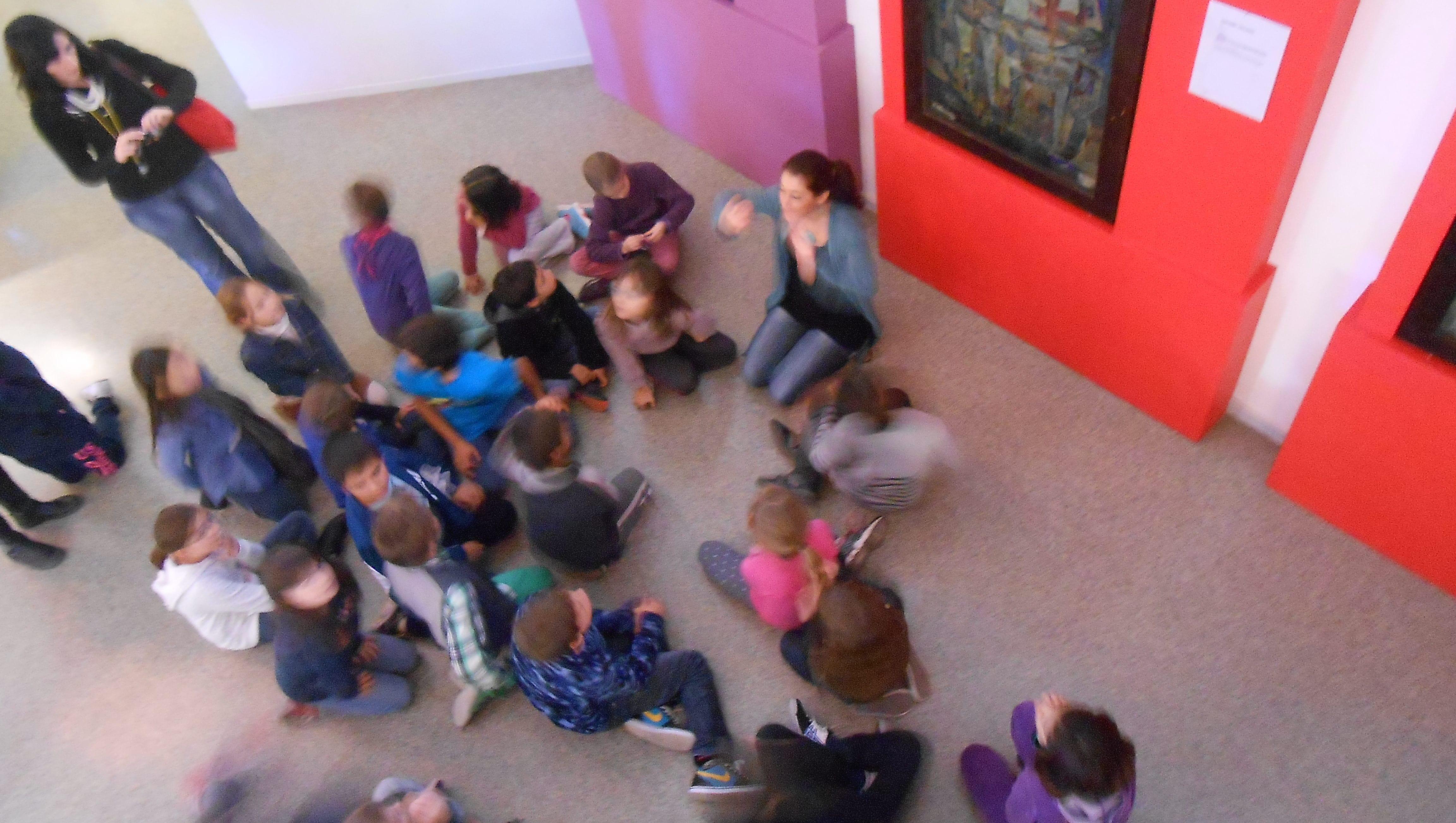 Une animation à la Halle du Verre, Claret. Photo : Elodie Zumstein