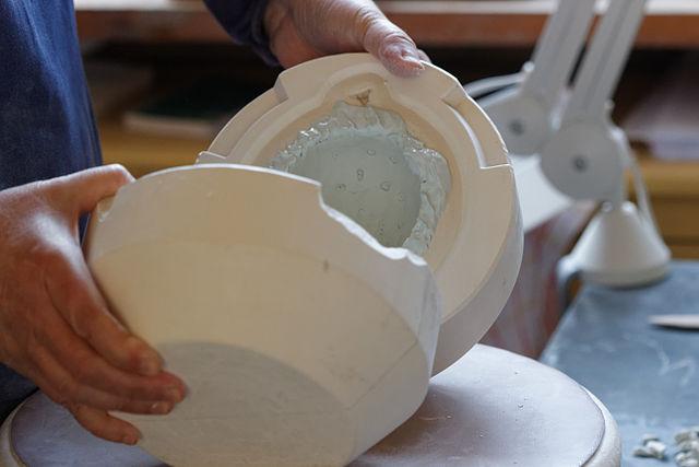 Technique du moulage. Photo : Creative commons